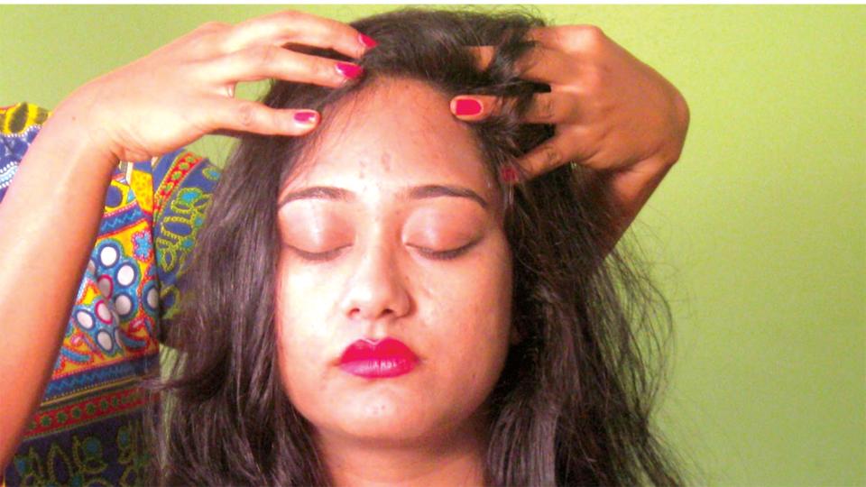 Benefits-of-oil-in-hair-Ayurveda